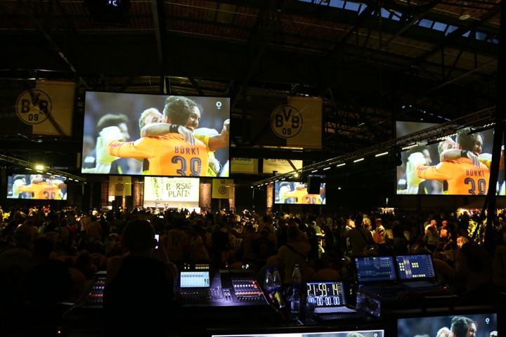 DFB-Pokalendspiel - BVB-Puböic-Viewing