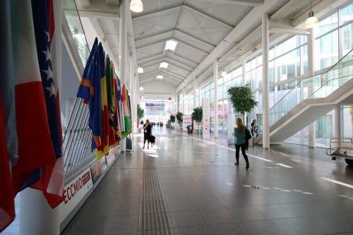 GATE Veranstaltungstechnik - Flaggen der Länder auf dem Medizinkongress ECCMID 2017 in Wien